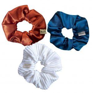 scrunchie box - scrunchie set van 3 stuks met velvet scrunchies en rib stof scrunchies