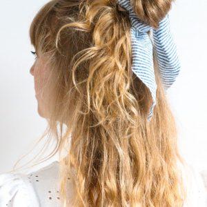 Blauw witte streep haarsjaal Minkstrik